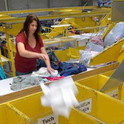sortowanie odziezy uzywanej praca 2018 4i