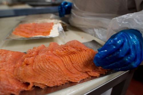 produkcja pakowanie ryb lososia praca 2019